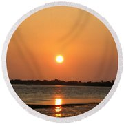 Looking For Shells On The The Beach - Dunedin Florida Round Beach Towel