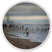 Looking South To Moss Landing Round Beach Towel