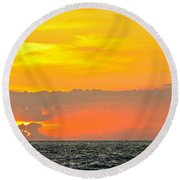 Lovely Sunset Over The Sea Round Beach Towel