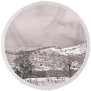 Low Clouds On The Colorado Rocky Mountain Foothills 3 Bw Round Beach Towel
