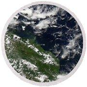 Manam Island, Papua New Guinea Round Beach Towel