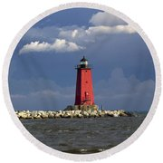 Manistique Lighthouse In Michigan's Upper Peninsula Round Beach Towel