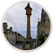 Market Cross - Stow-on-the-wold Round Beach Towel