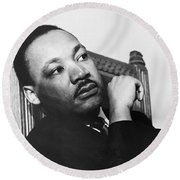 Martin Luther King, Jr Round Beach Towel by Photo Researchers