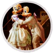 Micky And Minnie Mouse Skate Round Beach Towel