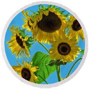 Mid Summer Dreams Round Beach Towel