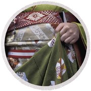 Midsection Of Apprentice Geisha - Maiko Round Beach Towel