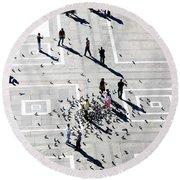 Milan Duomo Square Round Beach Towel
