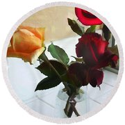 Mixed Roses In Crystal Vase Round Beach Towel