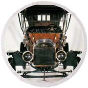 Model T Ford, 1910 Round Beach Towel