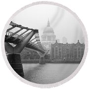 Modern And Traditional London Round Beach Towel