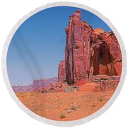 Monument Valley Elrphant Butte And Hogan Round Beach Towel