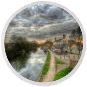 Moody Sunset At The Boat Inn Round Beach Towel