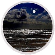 Moon Over The Pacific Round Beach Towel