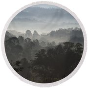 Morning Mist In Panama's Highlands Round Beach Towel