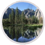 Morning Reflection At Yosemite Round Beach Towel