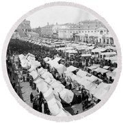 Moscow Russia - The Great Sunday Market - C 1898 Round Beach Towel
