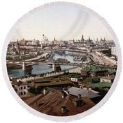 Moscow Russia On The Moskva River - Ca 1900 Round Beach Towel
