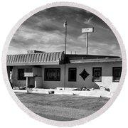 Motel Studios Bw Round Beach Towel