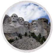 Mount Rushmore National Monument -2 Round Beach Towel