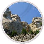 Mt Rushmore Round Beach Towel