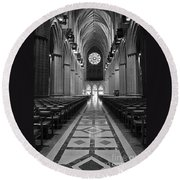 National Cathedral Interior Bw Round Beach Towel
