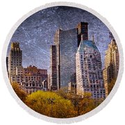 New York Buildings Round Beach Towel