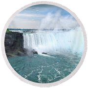 Niagara Falls And The Bubbles Round Beach Towel