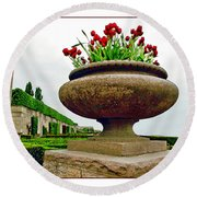 Niagara Falls Floral Urn Round Beach Towel