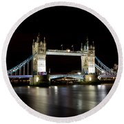 Night Image Of The River Thames And Tower Bridge Round Beach Towel