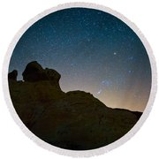 Night Sky Over Valley Of Fire Round Beach Towel