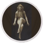 Nude Girl 1915 Round Beach Towel
