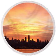 Ny Skyline -daybreak Splendor Round Beach Towel