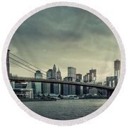 Nyc Skyline In The Sunset V2 Round Beach Towel