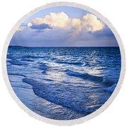 Ocean Waves On Beach At Dusk Round Beach Towel
