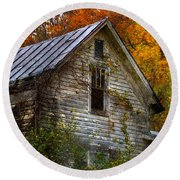 Old Abandoned House In Fall Round Beach Towel