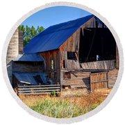 Old Barn With Concrete Grain Silo - Utah Round Beach Towel