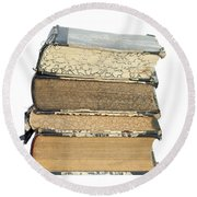 Old Books Round Beach Towel