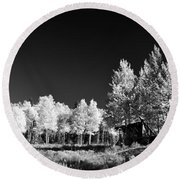 Old Cabin In The Aspen Round Beach Towel