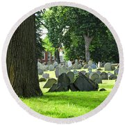 Old Cemetery In Boston Round Beach Towel