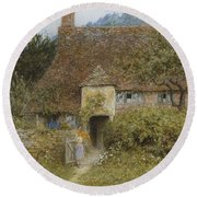 Old Cottage Witley Round Beach Towel