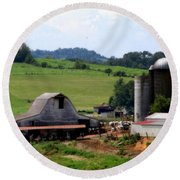 Old Dairy Barn Round Beach Towel