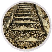 Old Dried Leaves Round Beach Towel