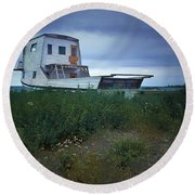 Old Houseboat On A Minnesota Shore On Lake Superior Round Beach Towel