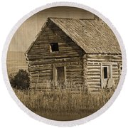 Old Hunting Cabin - Wyoming Round Beach Towel