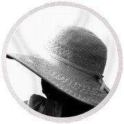 Old Lady Shady Two Round Beach Towel
