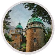Old Montreal Church Round Beach Towel