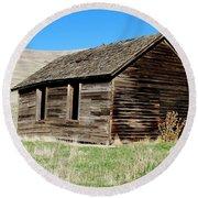 Old Ranch Hand Cabin Round Beach Towel