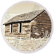 Old Ranch Hand Cabin L Round Beach Towel