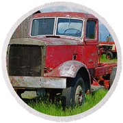 Old Rusted Semi-truck  Round Beach Towel